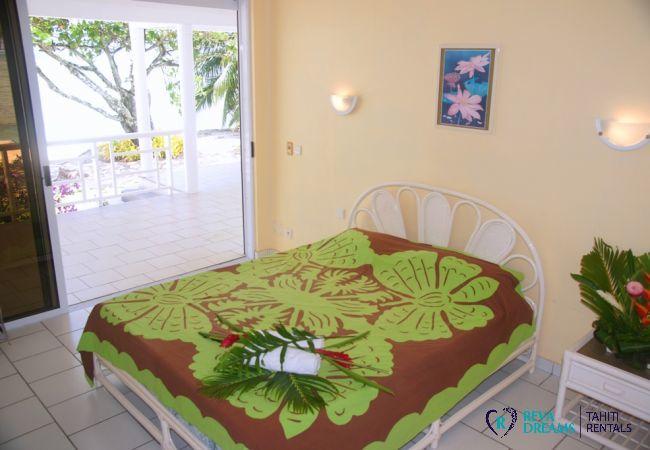 Bedroom - Villa Kahaia Beach - Vacation Rental - Moorea