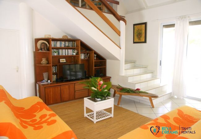 Living Room - Villa Kahaia Beach - Vacation Rental - Moorea