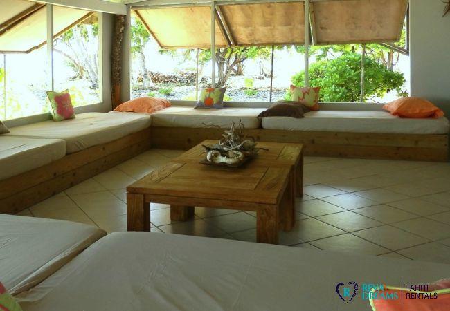 Salon - Motu Fafarua - Tahiti In Style - Polynésie française