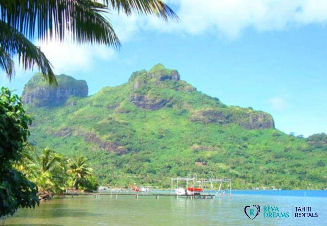 Le lagon de Bora Bora, profitez du soleil de Polynésie Française aux Fare Aroha, maison pour location de vacances