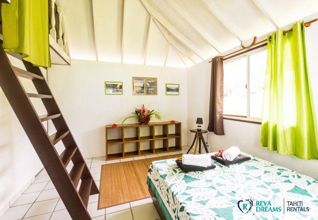 Chambre 2 du Fare Tiki Dream, sur l'île de Moorea, séjours de rêve en Polynésie Française