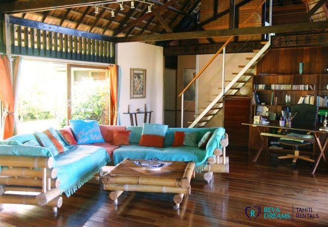 Salon - Villa & fare Mata'i - Villa Poerani - Moorea - Tahiti In Style - Polynésie française