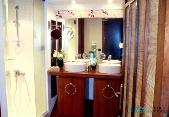 Salle de bain - Fare Aroha Piti - Bora Bora - Tahiti In Style - Polynésie française